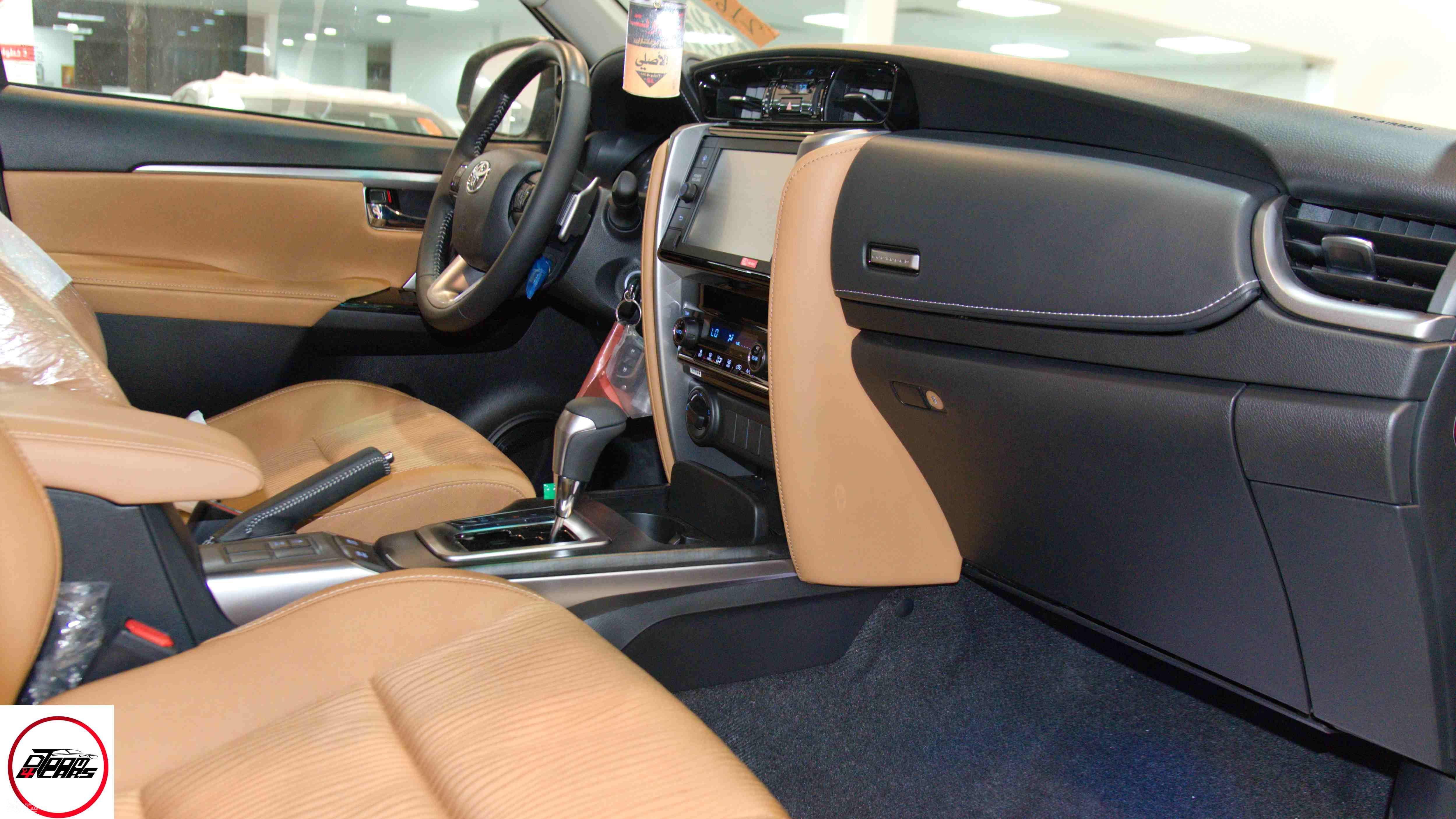 تويوتا فورتشنر VX1 بنزين 2021 سعودي