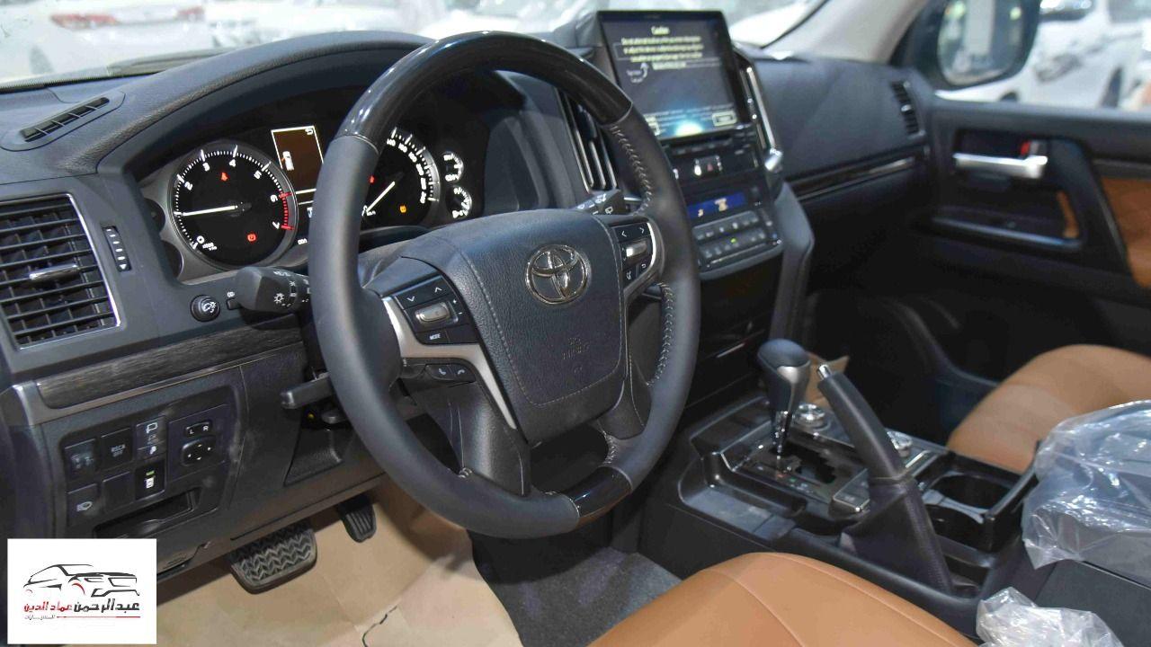تويوتا لاندكروزر GXR3 2021 V6 خليجي