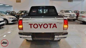 تويوتا هايلكس  GLX2  بنزين سعودي 2021