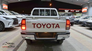 تويوتا هايلكس  DLX-G بنزين خليجي 2021
