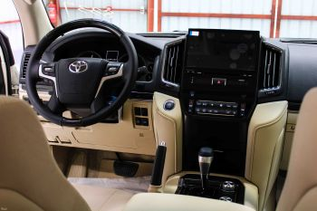 تويوتا لاندكروزر GXR3 نص فل 2021 دبل سعودي جديد V8